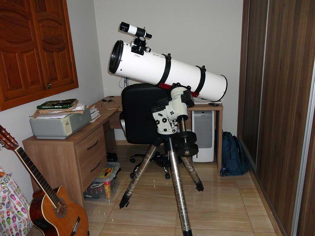 telescópio e montagem de philippe lebouef